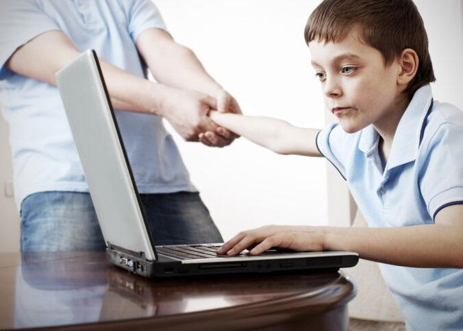 Anak Remaja Anda Stres? Lakukan 10 Hal Berikut