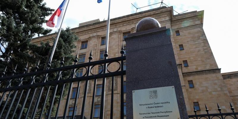 Perselisihan Rusia Dan Republik Ceko Berhubungan Dengan Serangan Teror